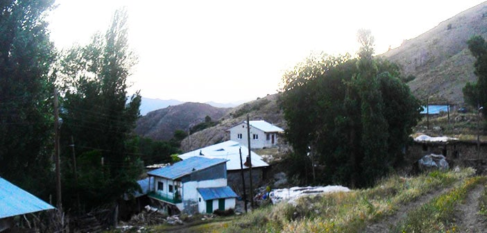 Erzincan Refahiye Ardıçlık Köyü (Meketme)