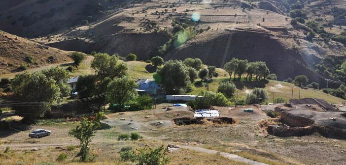Erzincan Çayırlı Pınarlı Köyü (Tolostan)