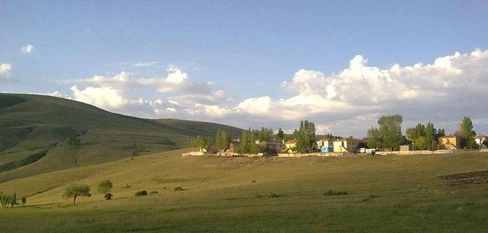 Erzincan Çayırlı Yukarı Kartallı Köyü
